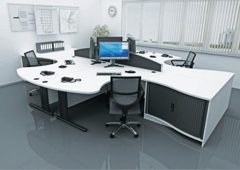 Qudos Desks And Workstations