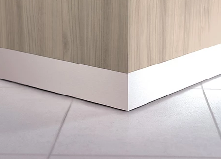 Zed Reception Desk Features - Aluminium Plinth