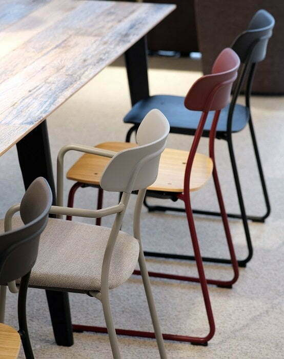 Acorn Cafe Meeting Chair